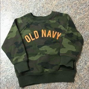 Old Navy green camo orange logo sweatshirt